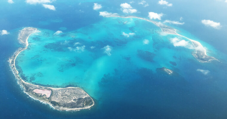 A stunning view of Cayo de Agua from the airplane