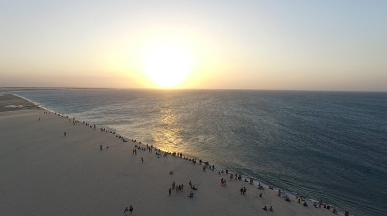 One of Jericoacoara's most popular attractions: the dune for sunset