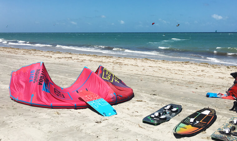 What equipment to take on your kitesurf session