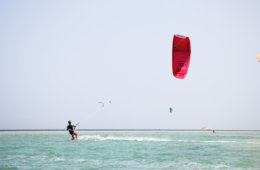 Kitesurfing in the flatwater of El Gouna