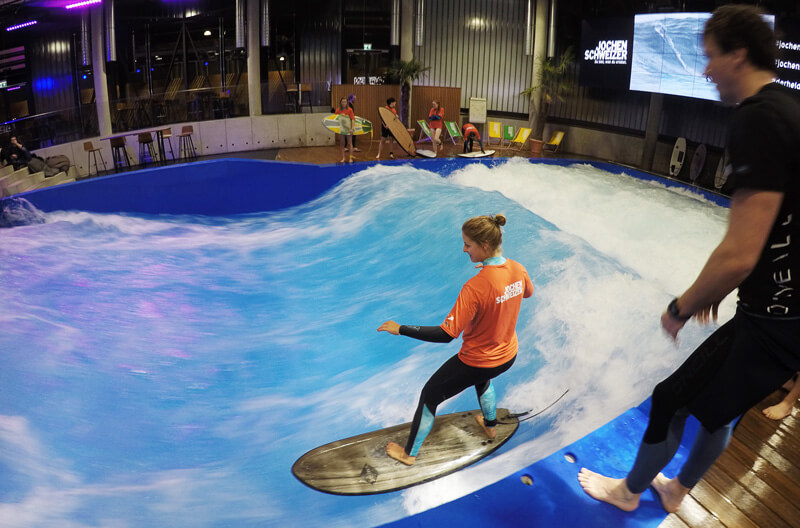 Being a landlocked surfer and trying the artificial wave in Munich