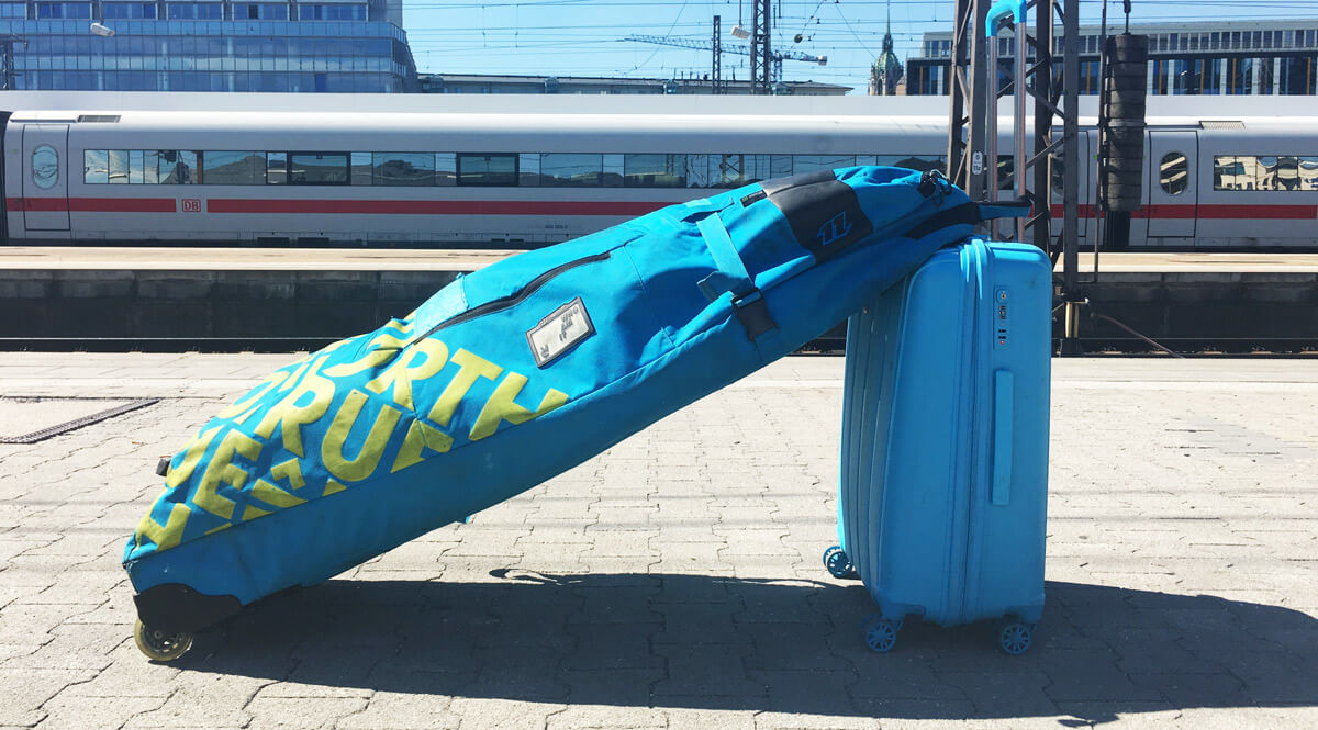 My ideal solution on how to travel with your kitesurf luggage: trolley and kite bag