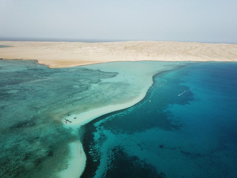 The first stop during our kitesurf safari in Abu Mongar