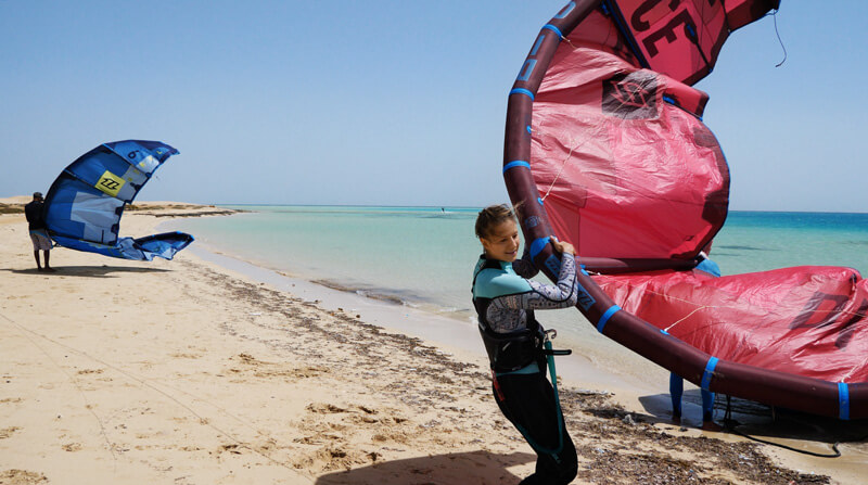 Perfect flatwater during our kitesurf boat safari in Egypt