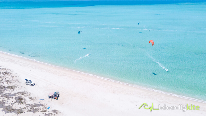 Kitesurfing at the most beautiful beaches in Western Australia