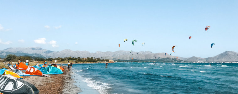 Kitesurf Mallorca: spot guide to Pollenca, the main kite spot on the Balearic Island in Spain