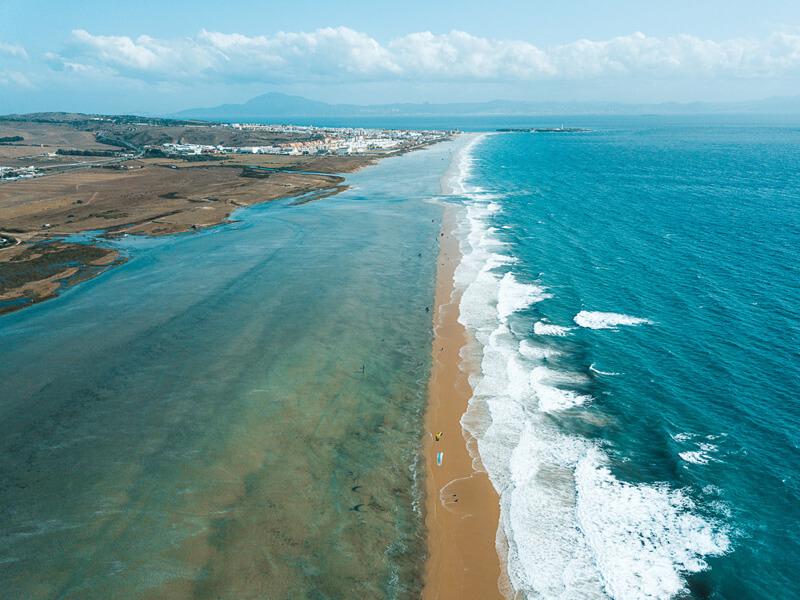 kitesurf tarifa spain spot guide kitesurf spots for your kite vacation playa los lances